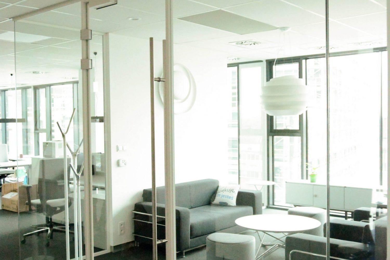 5 Glazed border room